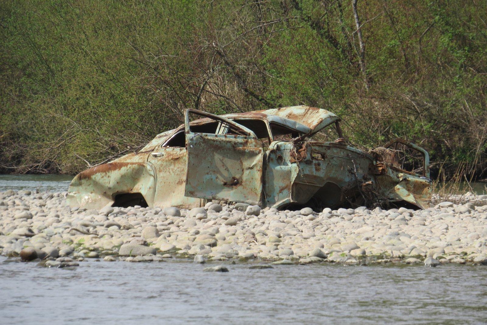 "Hulk washed down form river bank ""Packard""?"